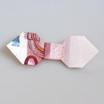 Origami Fliege aus einem Geldscheinen