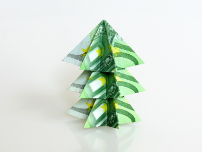 tannenbaum aus drei geldscheinen geldscheine und geldgeschenke origami kunst. Black Bedroom Furniture Sets. Home Design Ideas