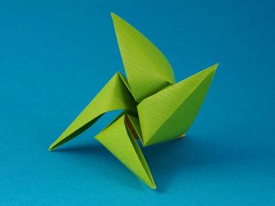 helikopter objekte origami kunst. Black Bedroom Furniture Sets. Home Design Ideas