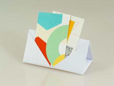 Origami Visitenkartenständer