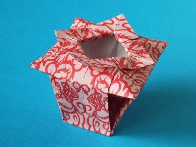 Origami Vase 3d papercraft | 300x400
